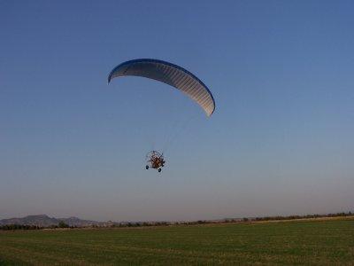 Volar en paratrike biplaza en la Alcarria 15 min