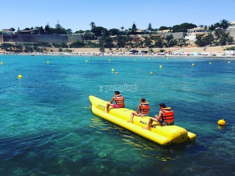 Banana boat powered by the boat