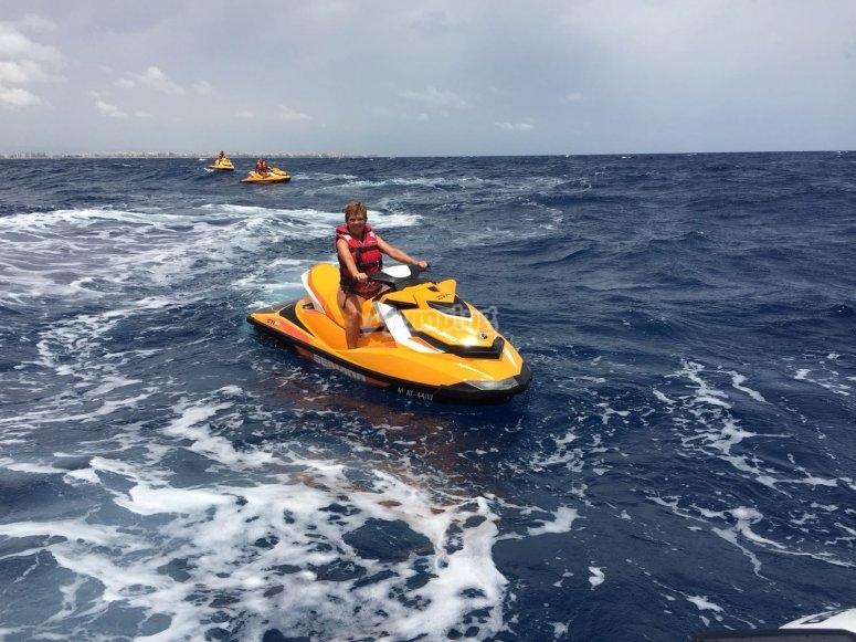 2 hour jet ski tour in the Mediterranean sea