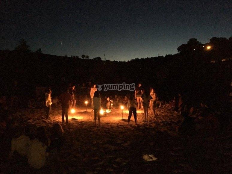 Fiestas junto a la hoguera