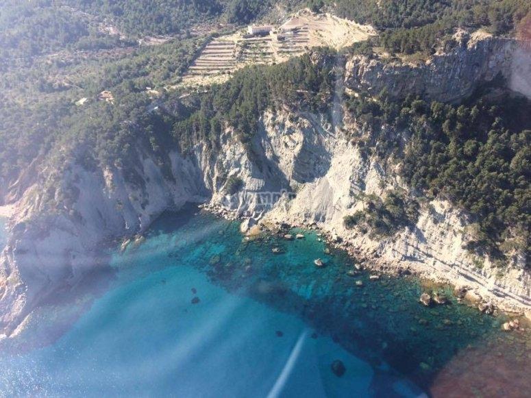 马略卡岛海岸从直升机