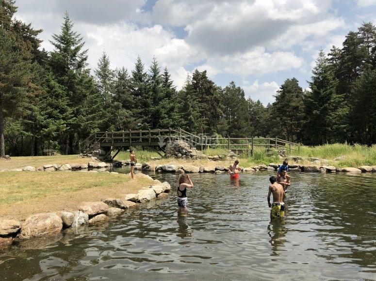 Un baño en las piscinas naturales