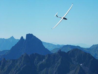 Glider plane flight in Pyrenees video 1 hour