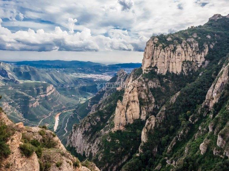 景观蒙斯特塞拉特山