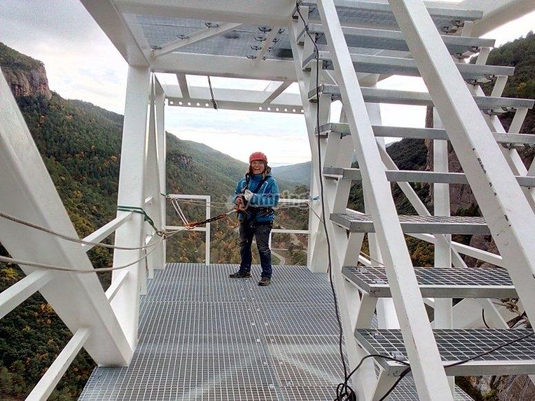 Lista para saltar desde 122 metros