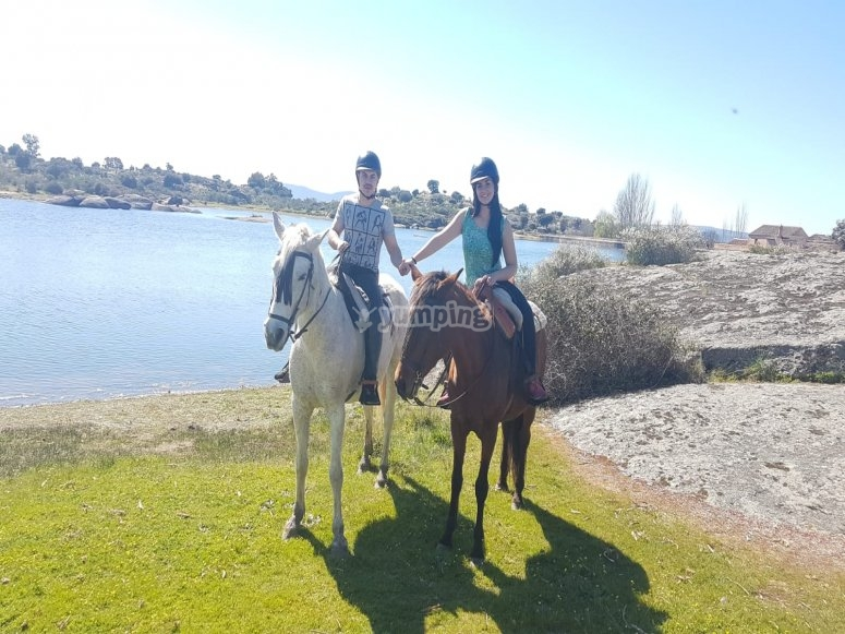 Horseback riding for two in Los Barruecos