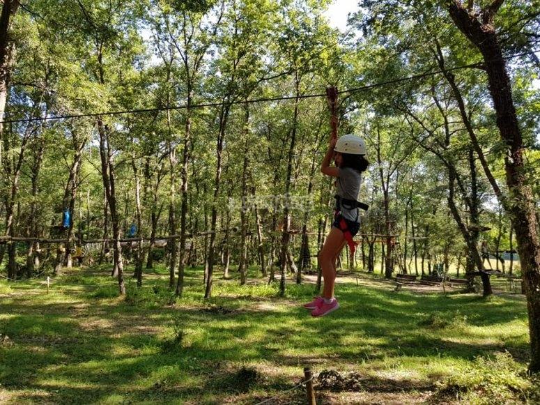 Multi-adventure ziplines during the camp