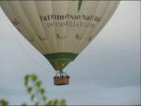 在Arribes del Duero上飞行
