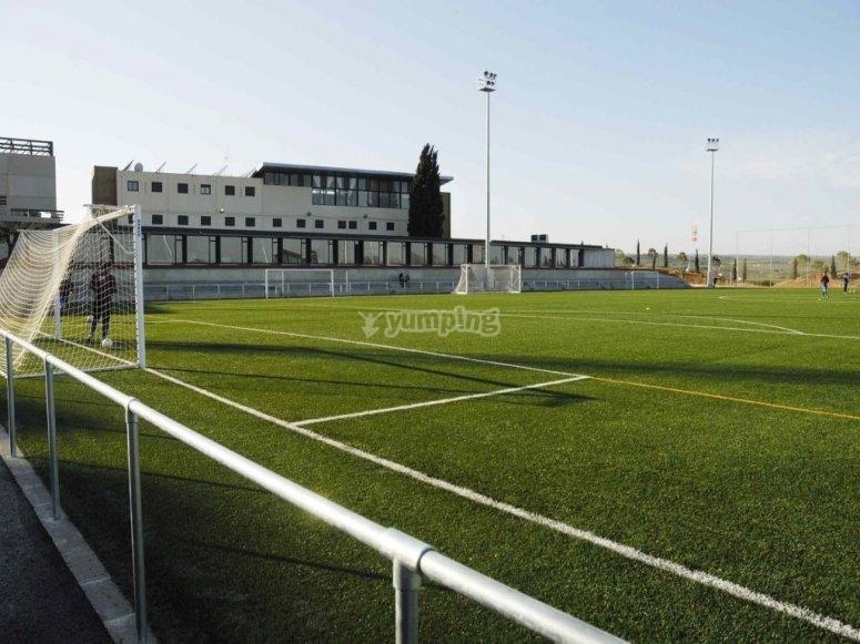 Instalaciones con campo de fútbol