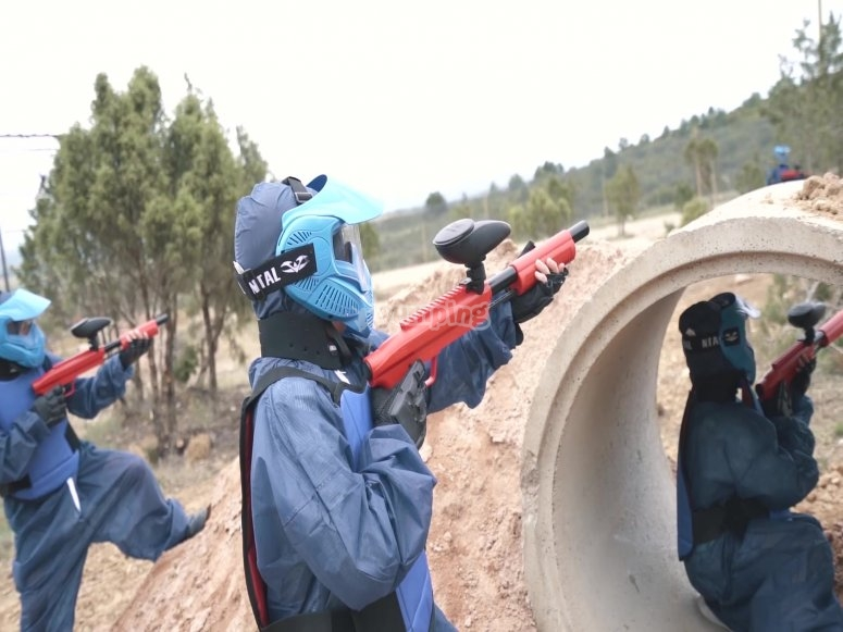 Covering in paintball game