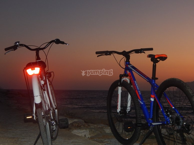 Enjoy the sunset in Calpe in bike