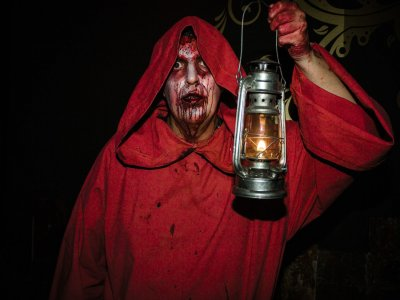 Cena privada con espectáculo terror Toledo 2 h