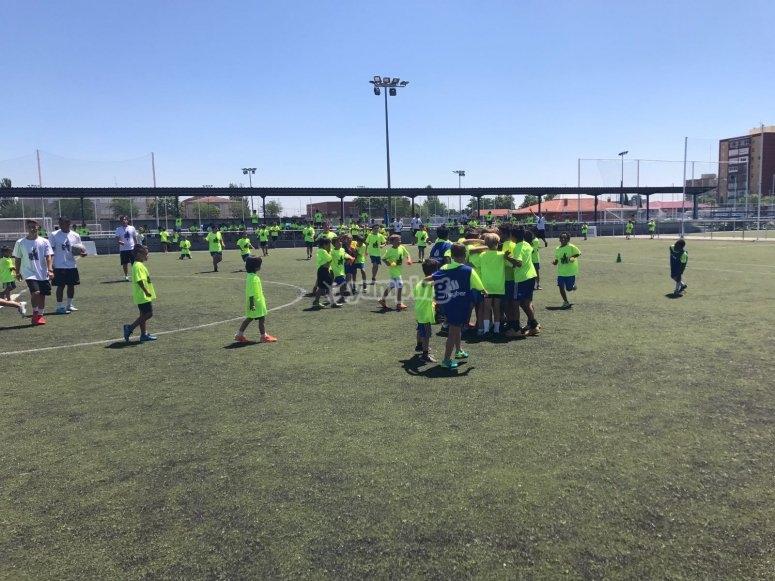 莫拉塔拉兹的足球校园