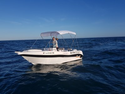 Barco Voraz 5.0 Senza patente o skipper Alicante 8h