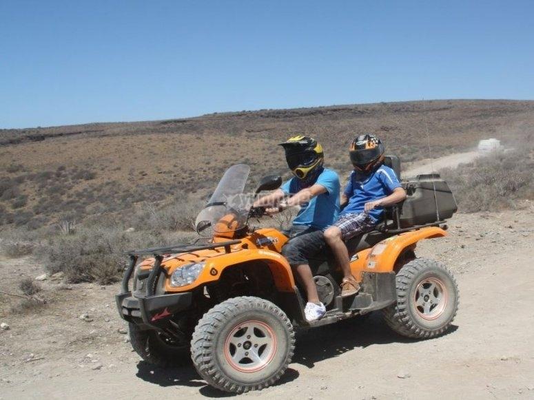 Excursión en quad biplaza