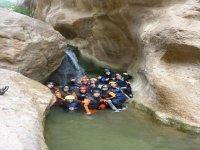 Grupo en el barranco