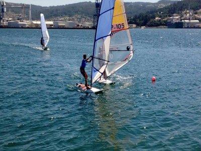 Curso de windsurf Playa de Rodeira