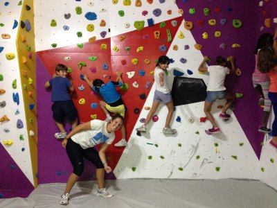 Day of Climbing in climbing wall in Las Palmas