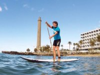 Paddle surf junto al faro