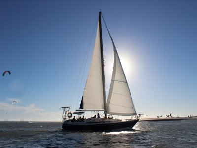 Paseo en velero al atardecer Bahía de Cádiz 1h