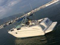 Barco con capacidad para 9 personas