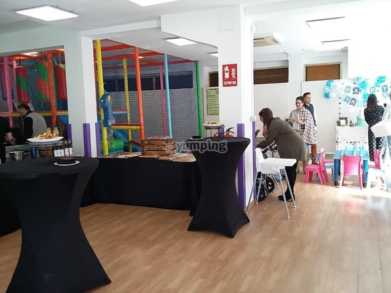 Local decorado para celebración