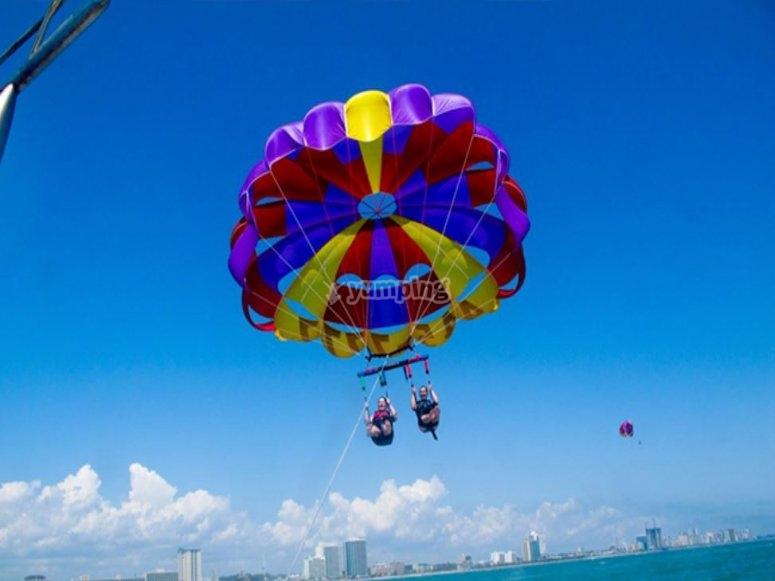 Ascenso en parasailing