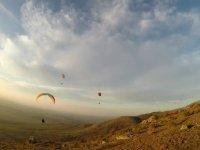 Paragliders in Arcones