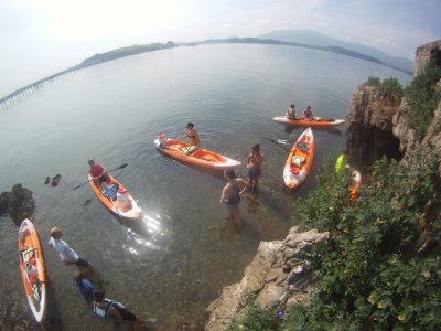 Canoe descent Ria Pas Santander, free bride/groom
