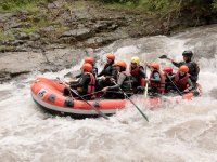 Compartiendo balsa de rafting en Lugo