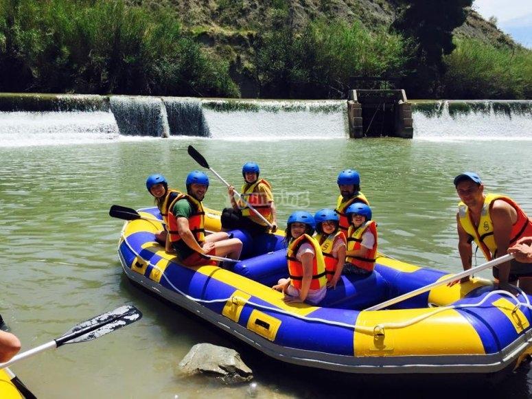 Enfants dans le bateau