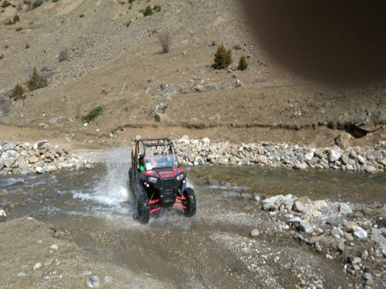Ruta en buggy con la familia los Pirineos