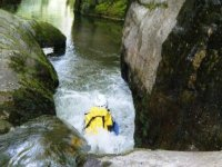 Water canyoning in León