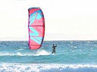 Sesión individual de kite en Tarifa