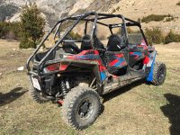 Buggy reforzado con barras antivuelco