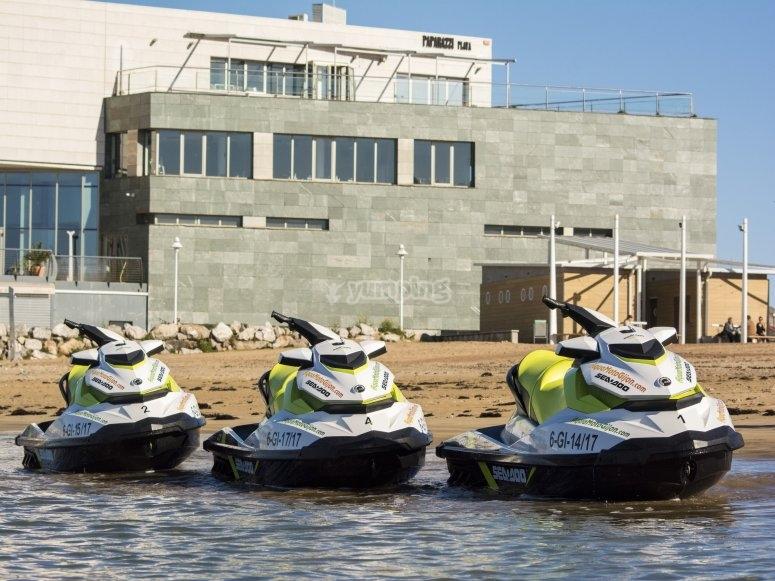 Motos de agua en Gijón