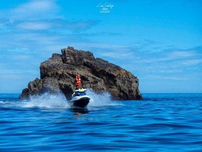 Tour en moto de agua biplaza en Gijón 2 horas