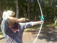 Tensando la flecha en el arco