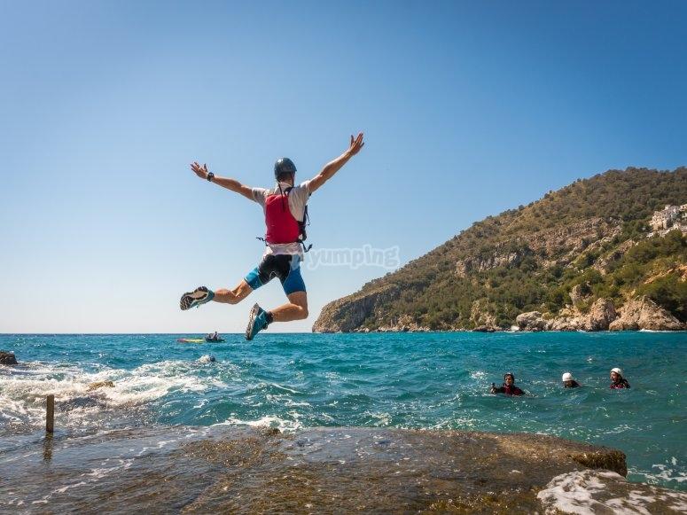 Deporte y naturaleza en  Acantilados de Cerro Gordo- Maro