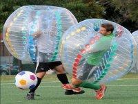 Scontro di giocatori nelle bolle
