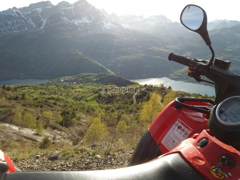 Vistas del Valle de Tena en quad