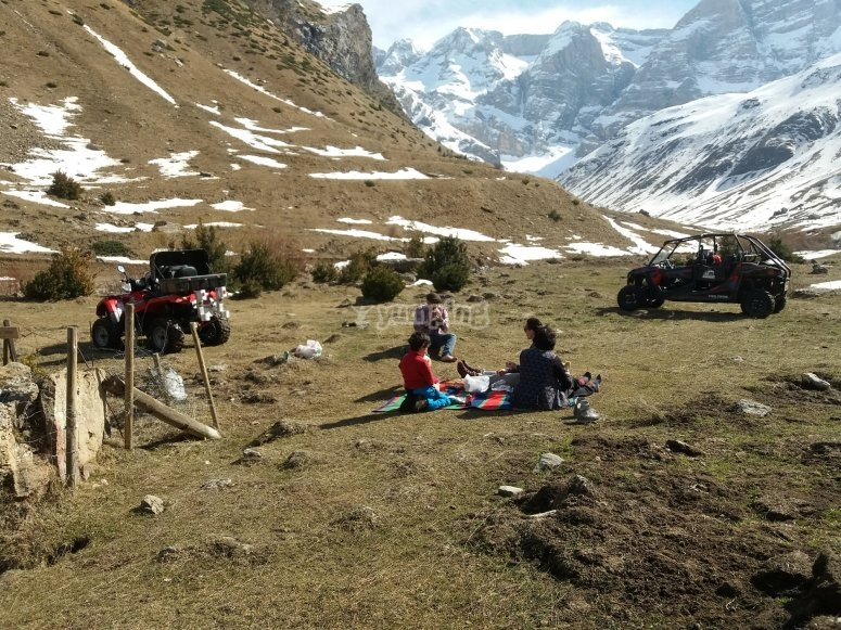 Parada en valle Pirineos