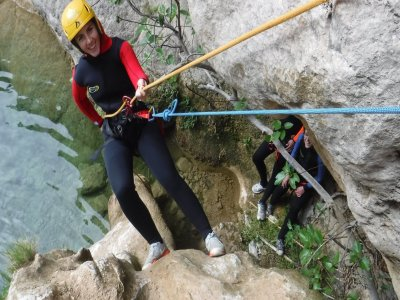 Water canyoning in Centenar 4 h Level III