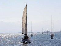 Velero navegando en el Mediterráneo