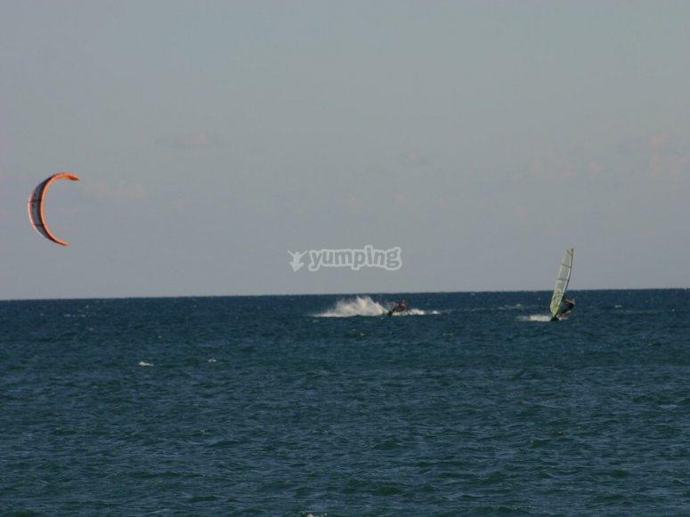 Navegando en la costa de Marbella