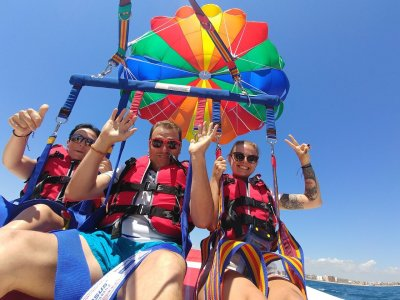 Parasailing flight in Alicante 15 min