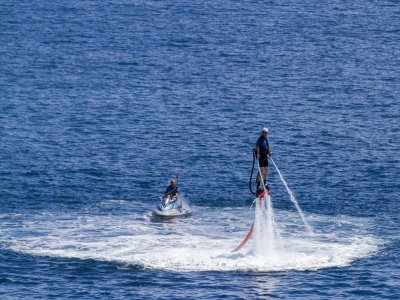 Half-hour on a flyboard Levante harbour Alicante