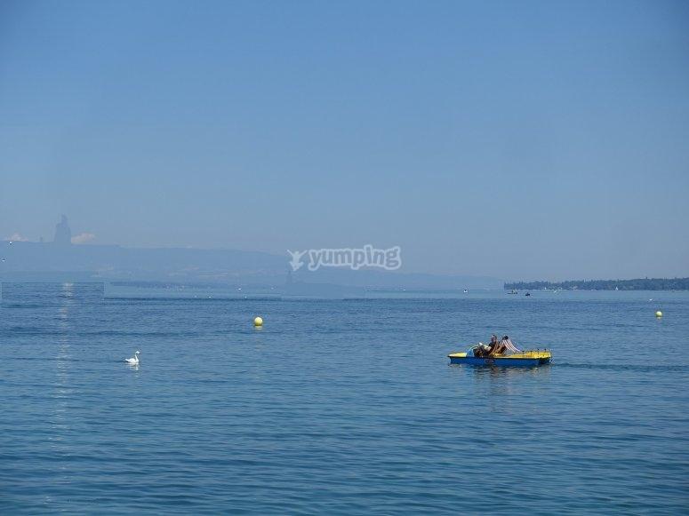 Hidropedal en mitad del mar