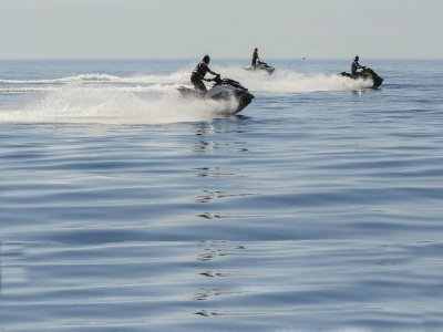 Moto de agua Puerto Banús 2h, Licencia Navegación