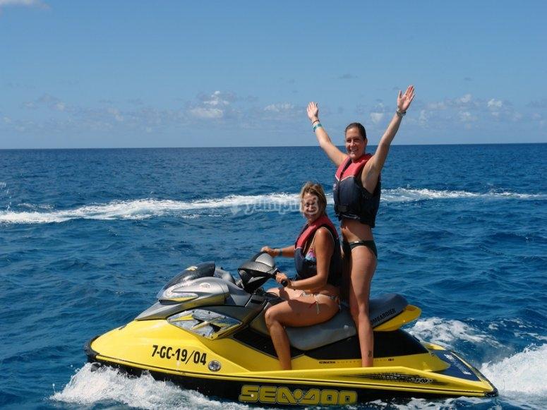 两人座摩托艇